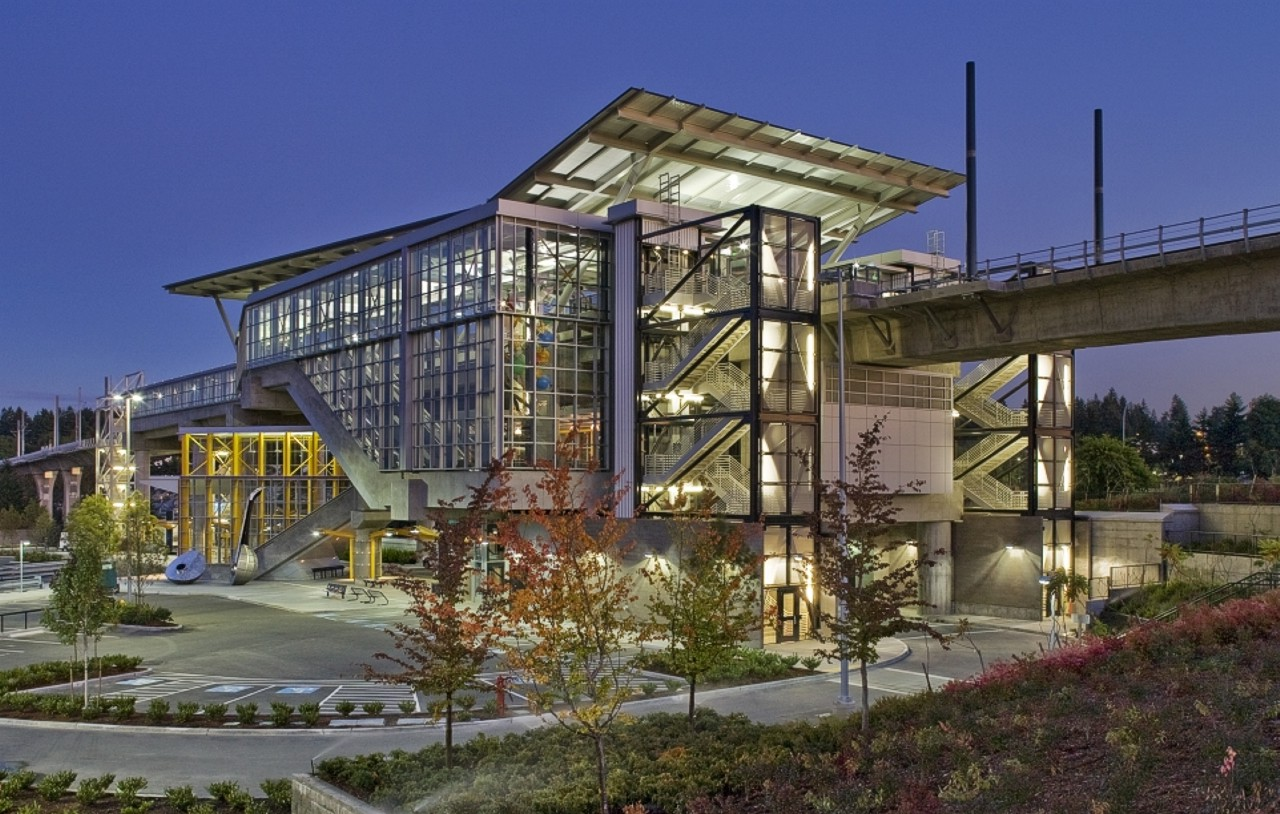 Tukwila Light Rail Station, Washington | Glazing contractor: Stephens Enterprises | Architect: Hewitt Architects | Glass: 6mm clear tempered / 12mm clear laminated